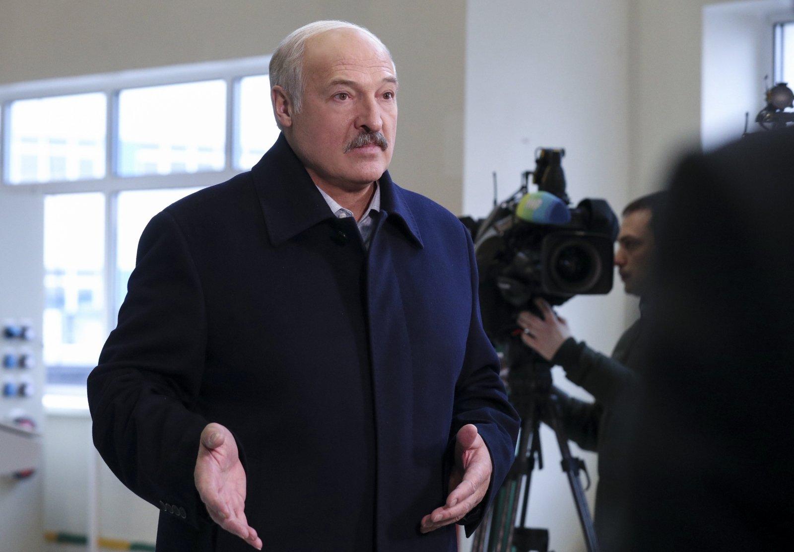 """Президент намерен отбирать часть транзита российской нефти и не платить надбавку """"Газпрому"""""""