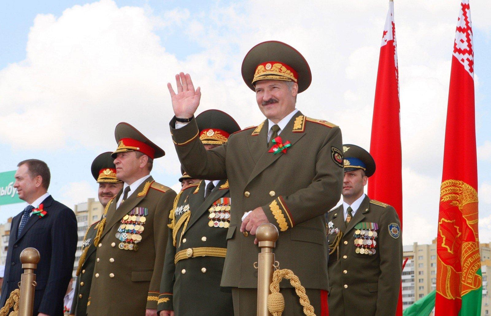 Лукашенко обучениях «Запад-2017»: нападать нинакого несобираемся