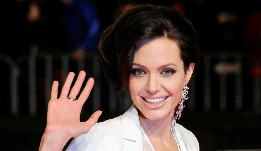 Интимные тайны Анджелины Джоли