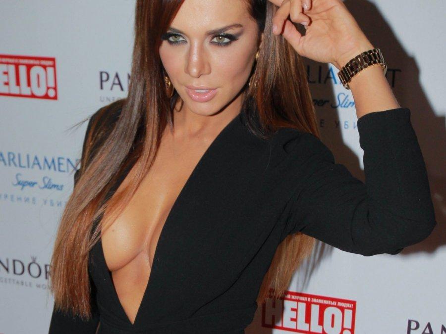 Абсолютно обнаженная Анна Седокова и другие голые звезды на Starsru.ru