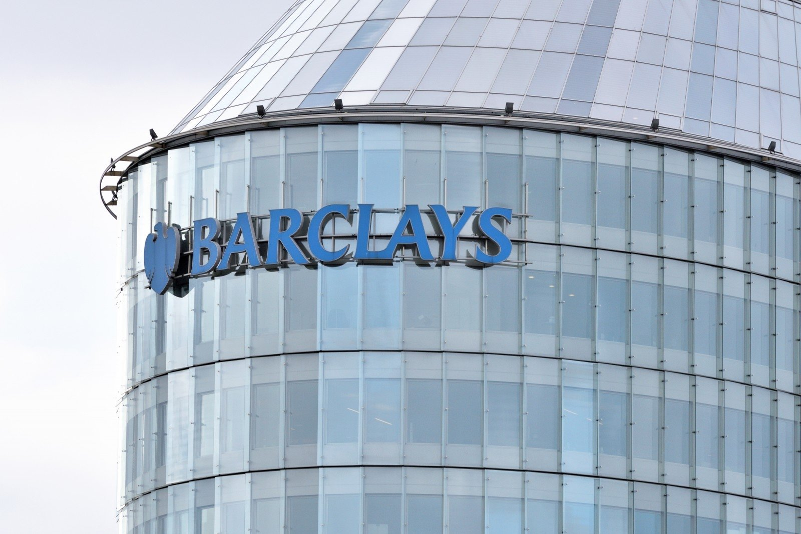 Pm Untroubled By Barclays Decision To Close Operations Center In Vilnius