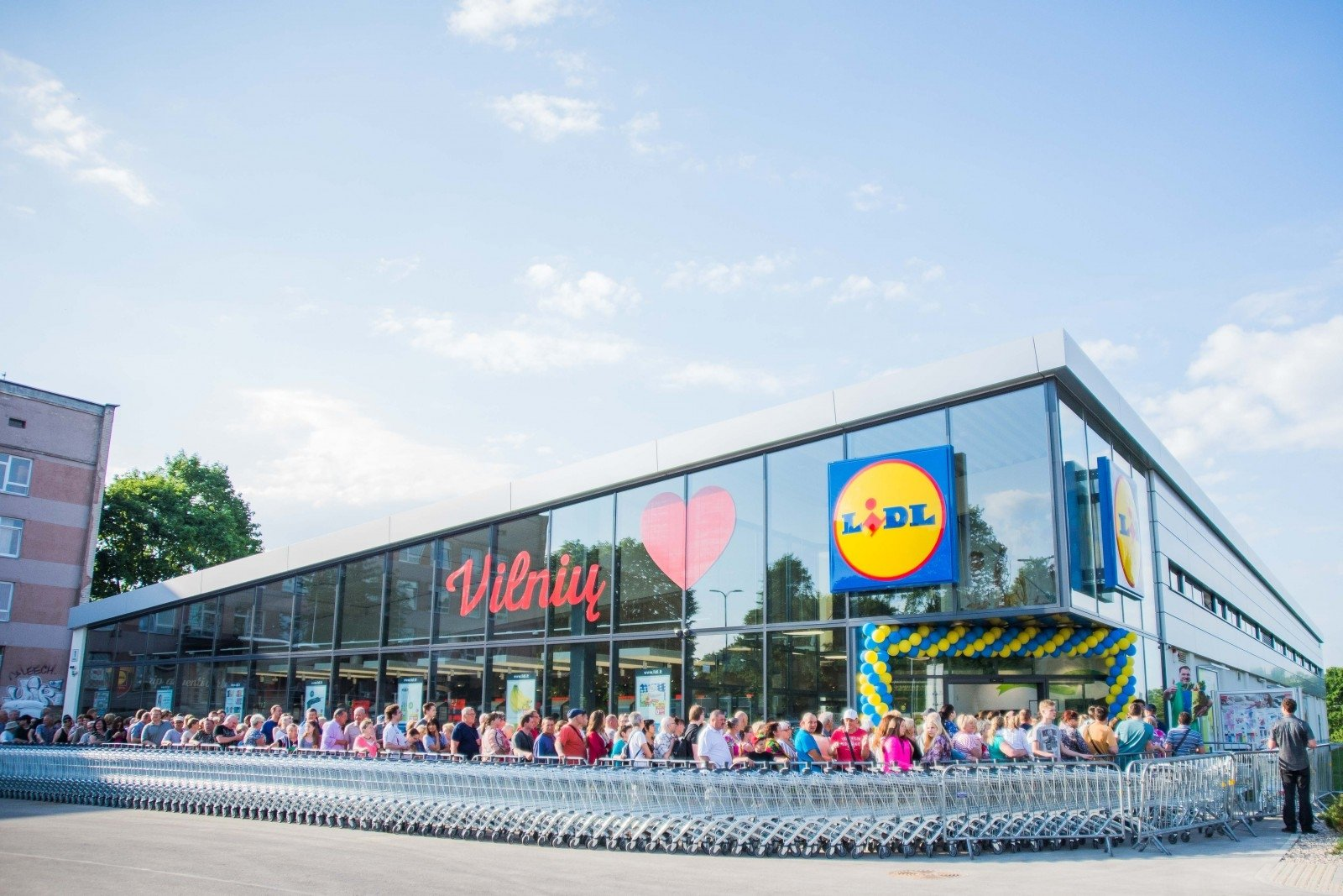 Should Lithuanian retailers be scared of Lidl's entry into