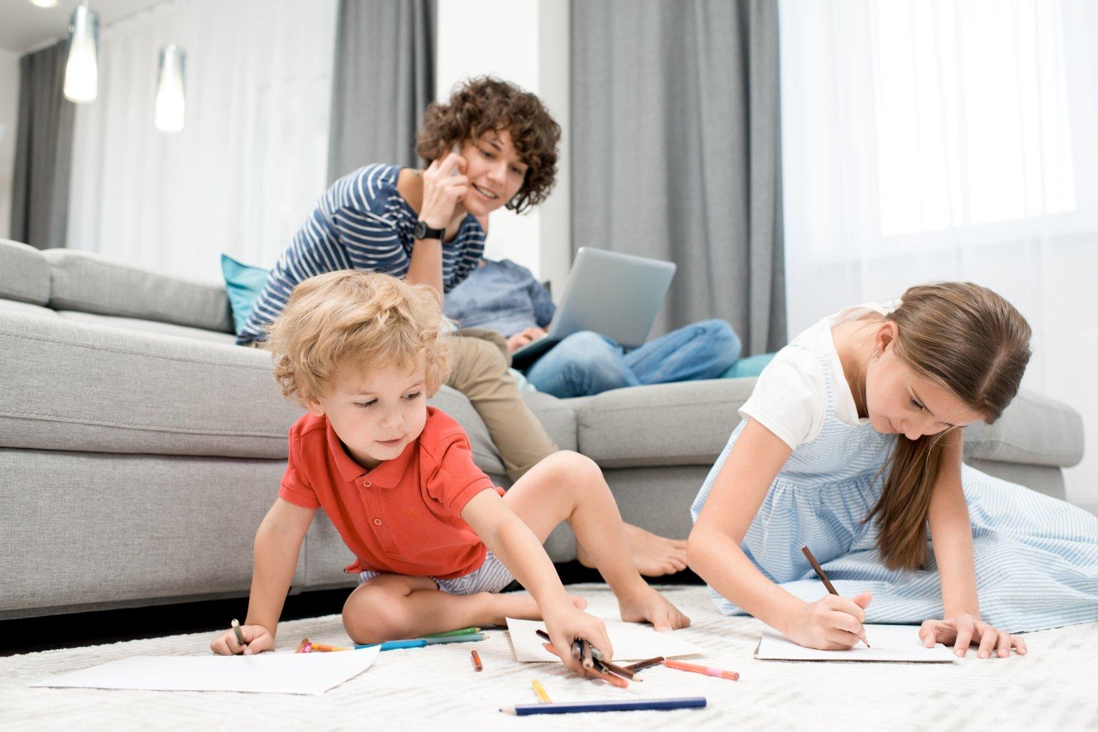 kas žino rimtą namų darbą akcijų pasirinkimo mėnesio pajamos