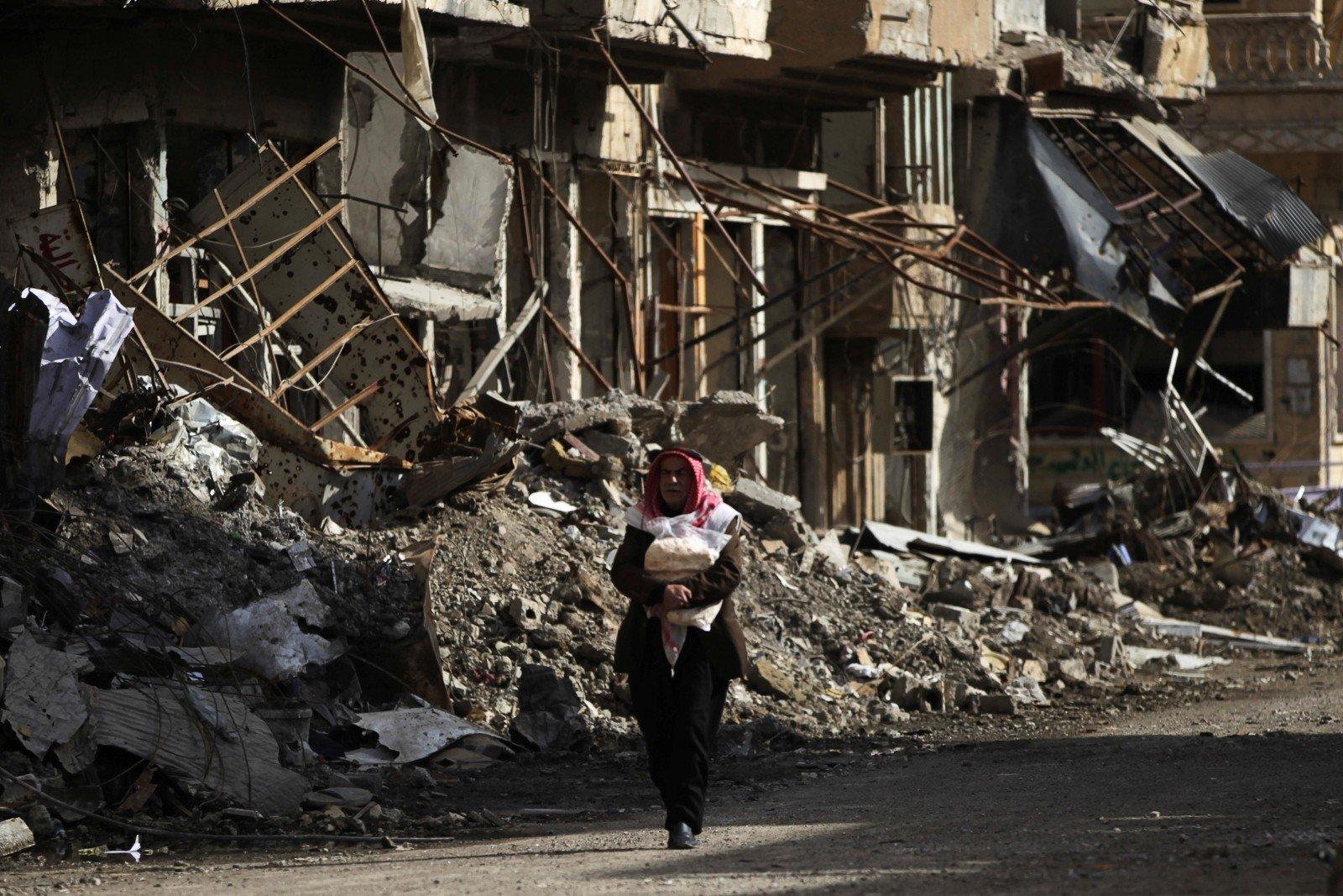 ВДейр-эз-Зоре боевики сдались сирийским войскам
