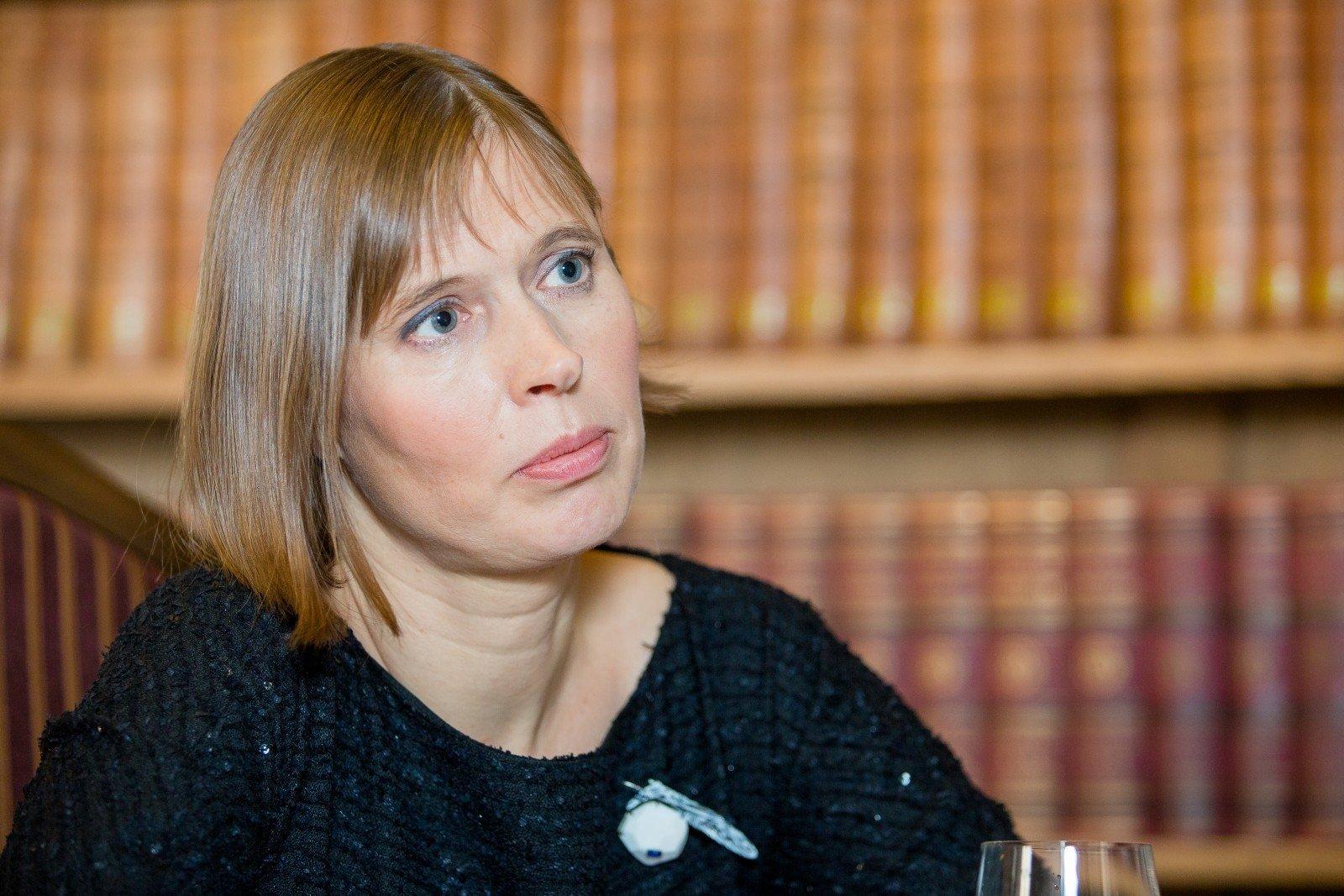 Президент Эстонии: ЕСнедолжен принимать электричество сОстровецкой АЭС