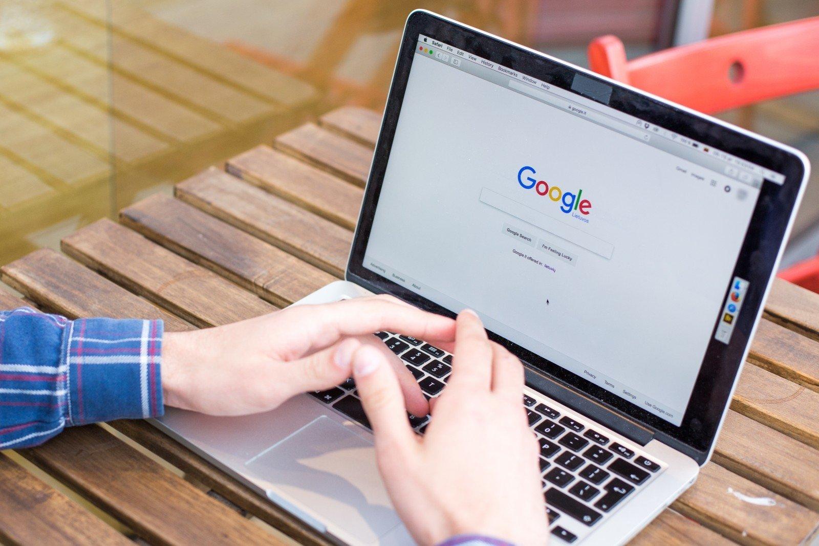 Google полностью перешла на возобновляемые