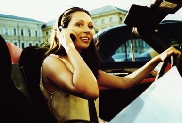 Moteris vairuoja