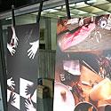 """Vėtrės Antanavičiūtės sukurtas stalas, """"Žaidimai su rankomis, 2007"""" ir Vaivos Abromaitytės sukurtas stalas """"Migracija, 2007"""""""