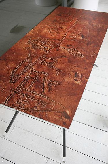 "Egidijaus Rudinsko sukurtas stalas ""Nematomas miestas, 2007"""