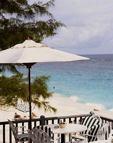 Restoranas ant jūros kranto