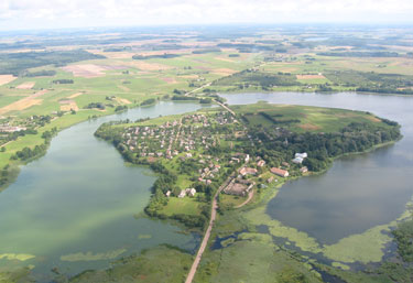 Salų miestelis Rokiškio rajone