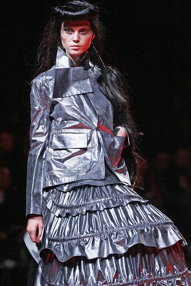Yohji Yamamoto modelis