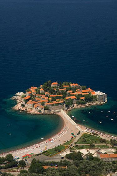 Miestas saloje, Juodkalnija