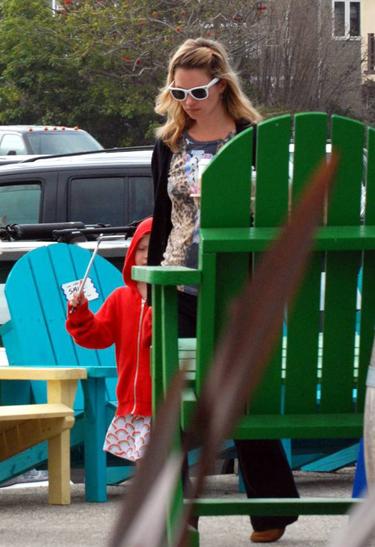 Kate Moss su dukrele