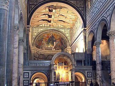 Florencija. Šv. Minijaus bažnyčios interjeras