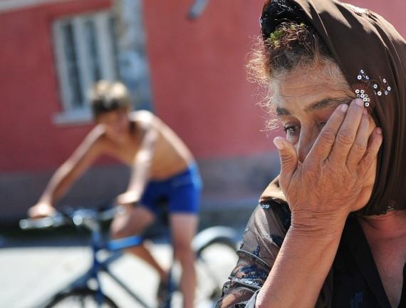 Romai privalo patys imti likimą į savo rankas, rašo Rumunijos spauda