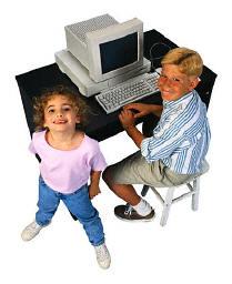 Vaikai prie kompiuterio