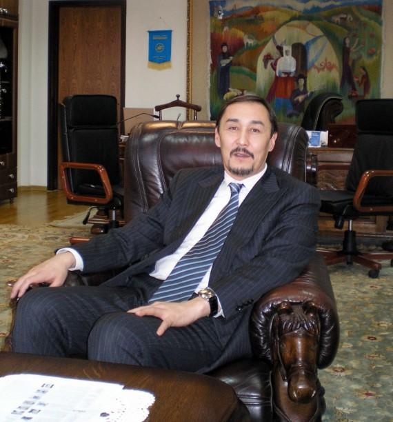 Ректор Евразийского национального университета Абдраим Бакытджан