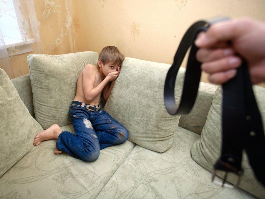 Наказание ремнем девушек 5