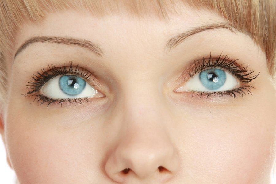 akys su hipertenzija
