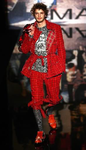Vivienne Westwood. Ruduo - žiema 2005-2006
