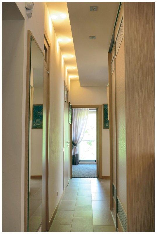 """<span class=""""delfi-highlight"""">Vieno buto LT interjeras:</span> subtilus ir komfortiškas palėpės interjeras"""