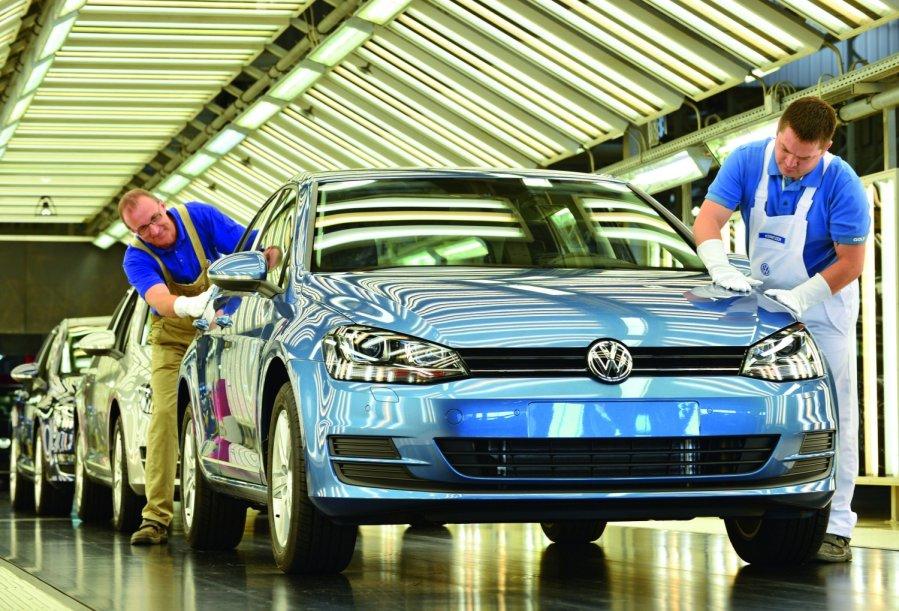 Automobilių pramonė | SLAPTAI