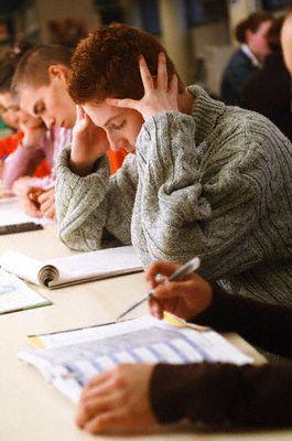 mokykla, mokytis, moksleiviai, studijos, egzaminas