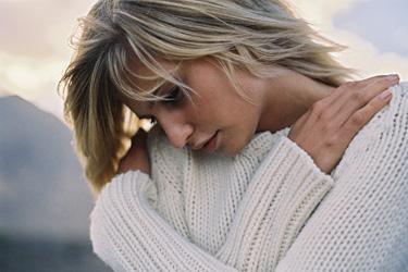 Moteris, liūdesys