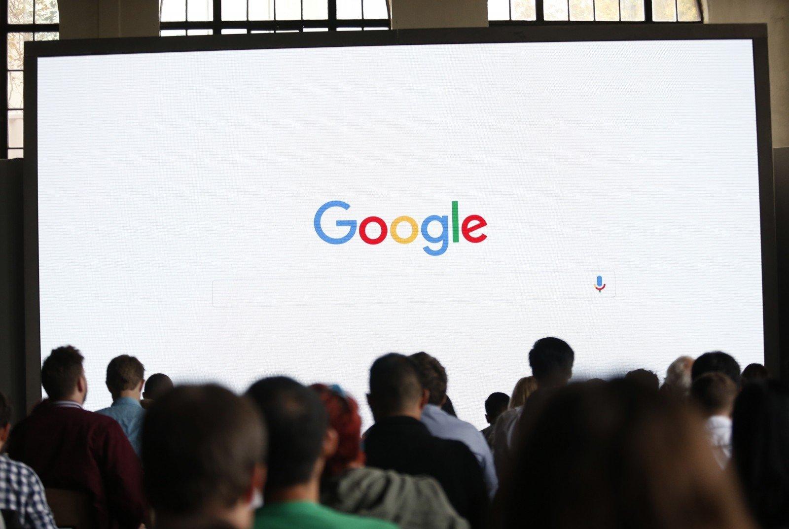 Google примет радикальные меры для борьбы сфейковыми новостями