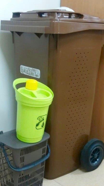 Konteineris maisto atliekoms, talpos aliejui ir virtuvės atliekoms