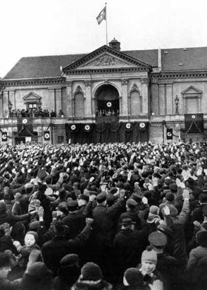 Hitler making a speech in Klaipėda