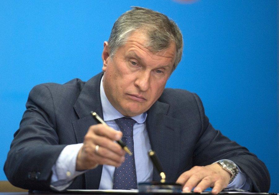 Сечин подает иск против «Новой газеты» и канала «Дождь»