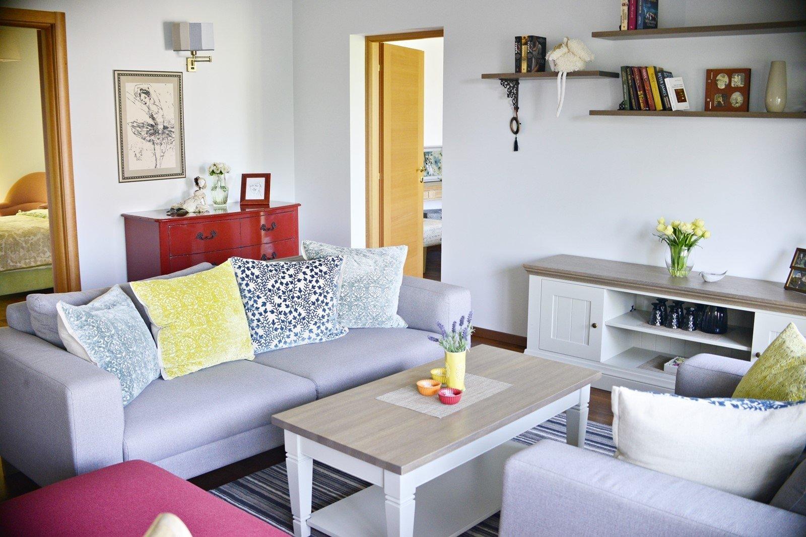 Madingi interjerai: specialistai atskleidė, į kokius baldus neverta investuoti