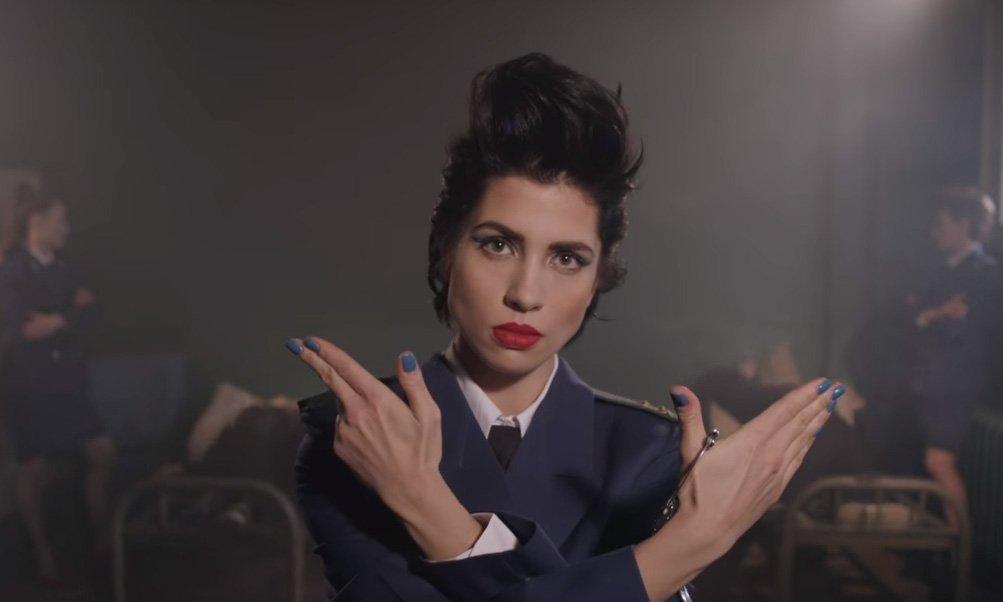 Pussy Riot выпустили посвященный генпрокурору клип'Чайка