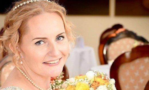 ВЭстонии женщина вышла замуж засебя: появились свадебные фото