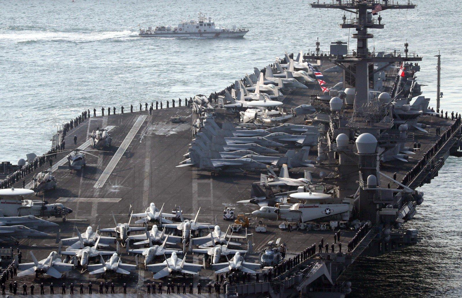 Северная Корея сообщила оготовности потопить американский авианосец Carl Vinson
