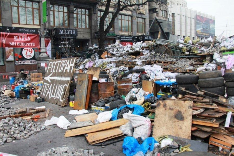 Vaiksciojantys Negyveliai: Sukrečiantys įspūdžiai Iš Kijevo: Maidane žmonės Atrodė