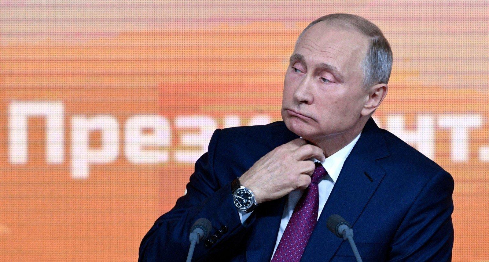 Путин объявил, что готов вернуть Украине оставшуюся вКрыму военную технику