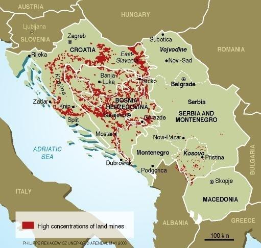 """<span style=""""color: #ff0000;"""">Migrantų krizė:</span> Vengrijos pasienyje – smurto proveržis"""