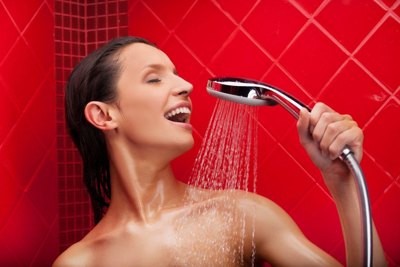 Секс девушки с душем, гиг порно в душе видео смотреть HD порно бесплатно 2 фотография