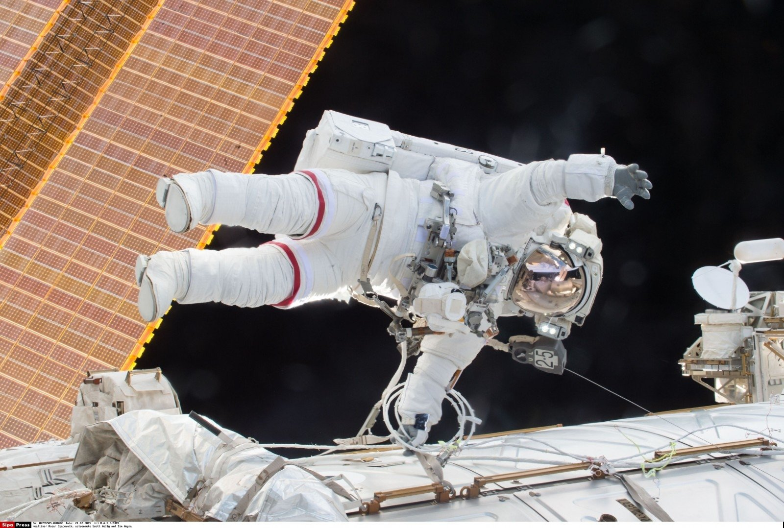 Астронавты НАСА выйдут наповерхность МКС