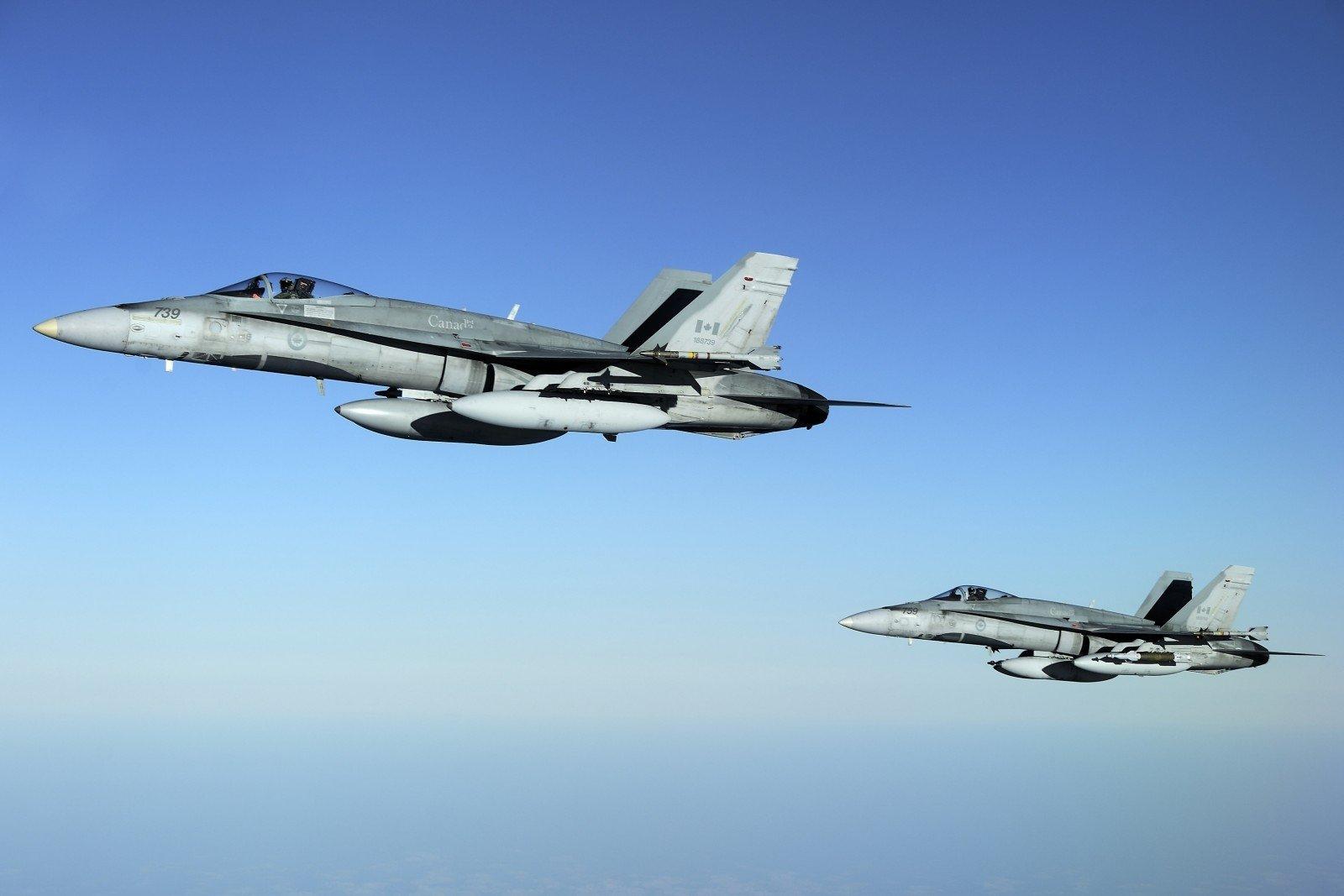 Истребители НАТО 8 раз сопровождали русские самолеты, пролетавшие мимо Латвии