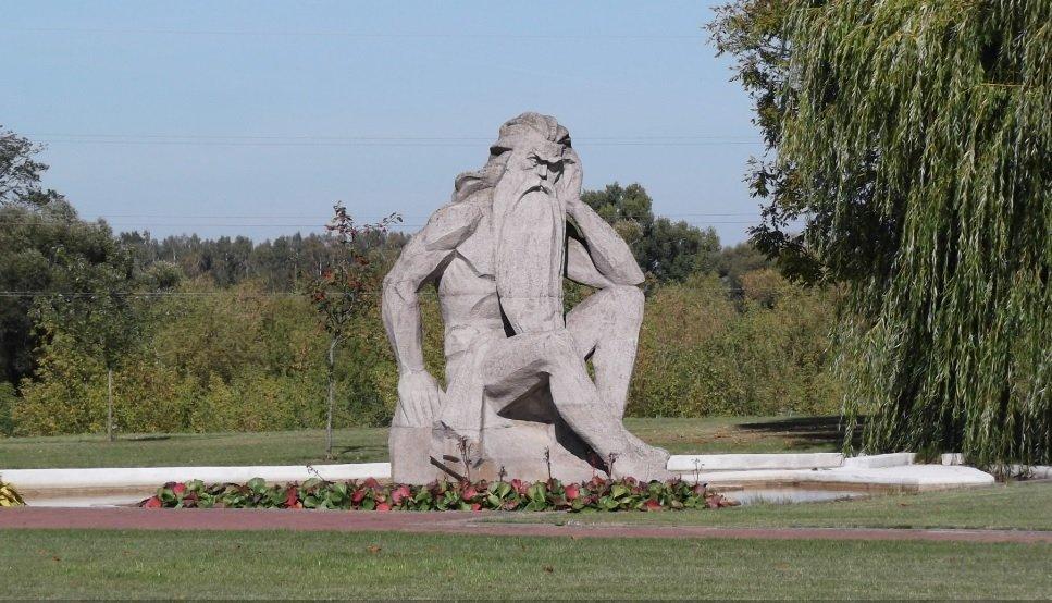 kodėl skulptūros turi mažus penius