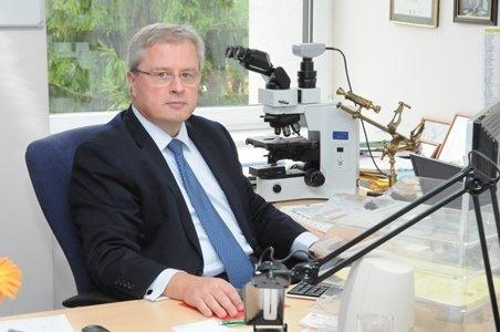 prof. Arvydas Laurinavičius