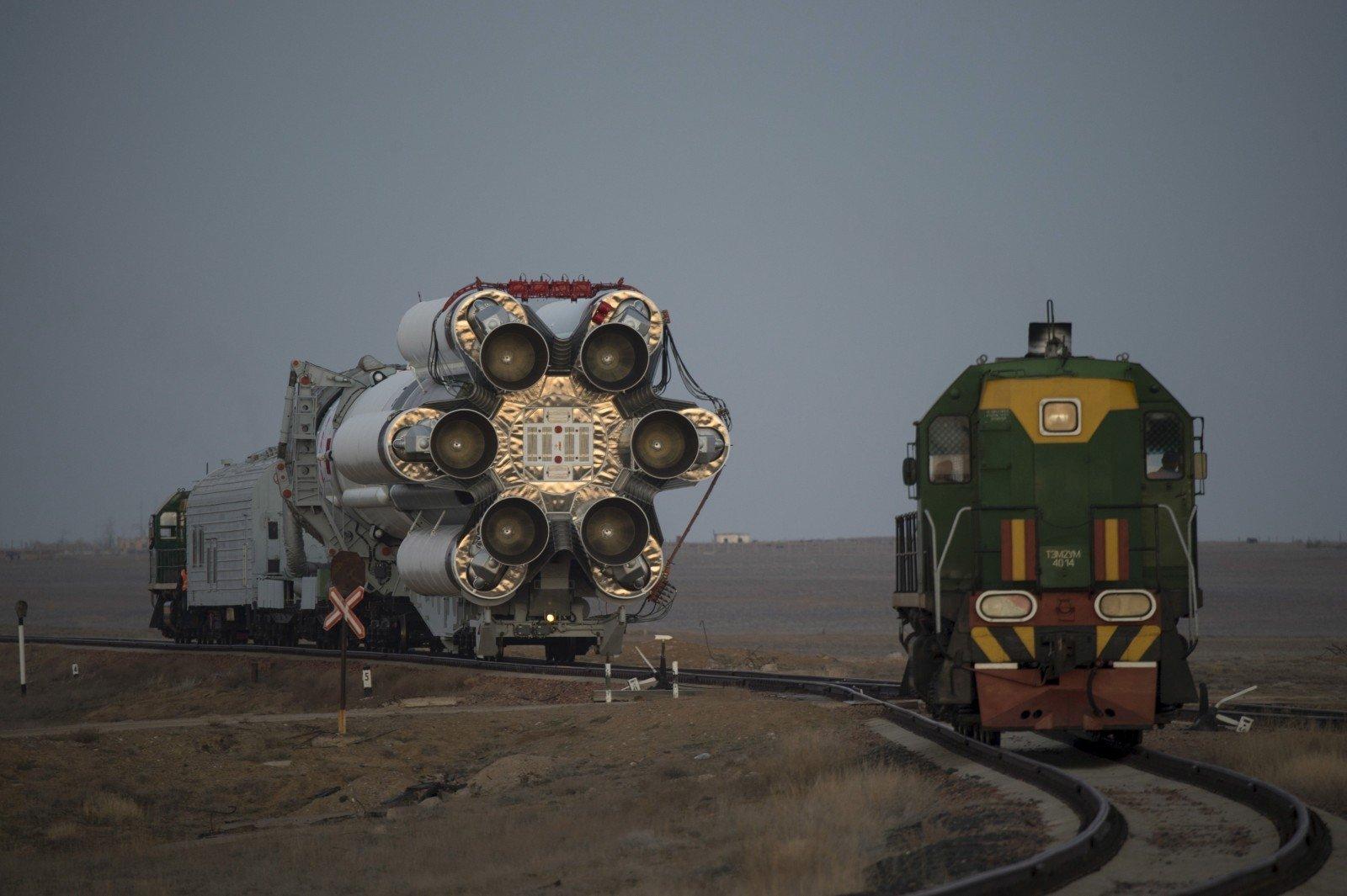 «Роскосмос» неполетит вкосмос. компания отзывает двигатели от«Протона»