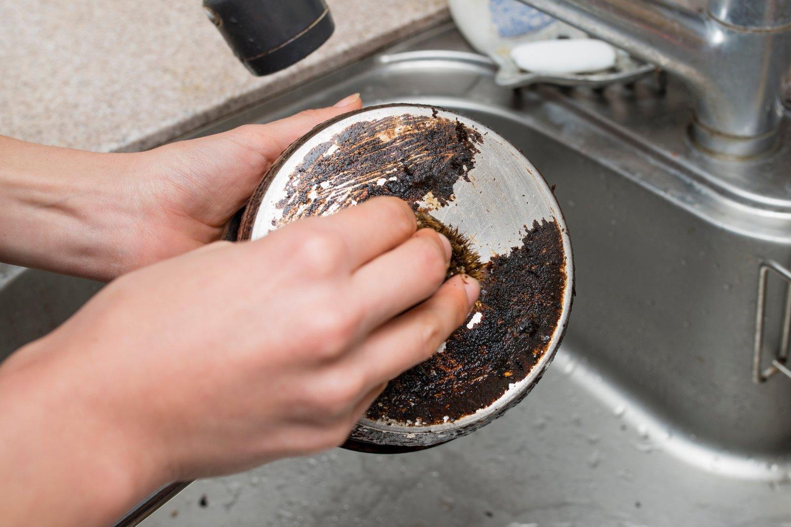 Paprasti būdai, kaip išvalyti puodus ir keptuves   ktromuva.lt