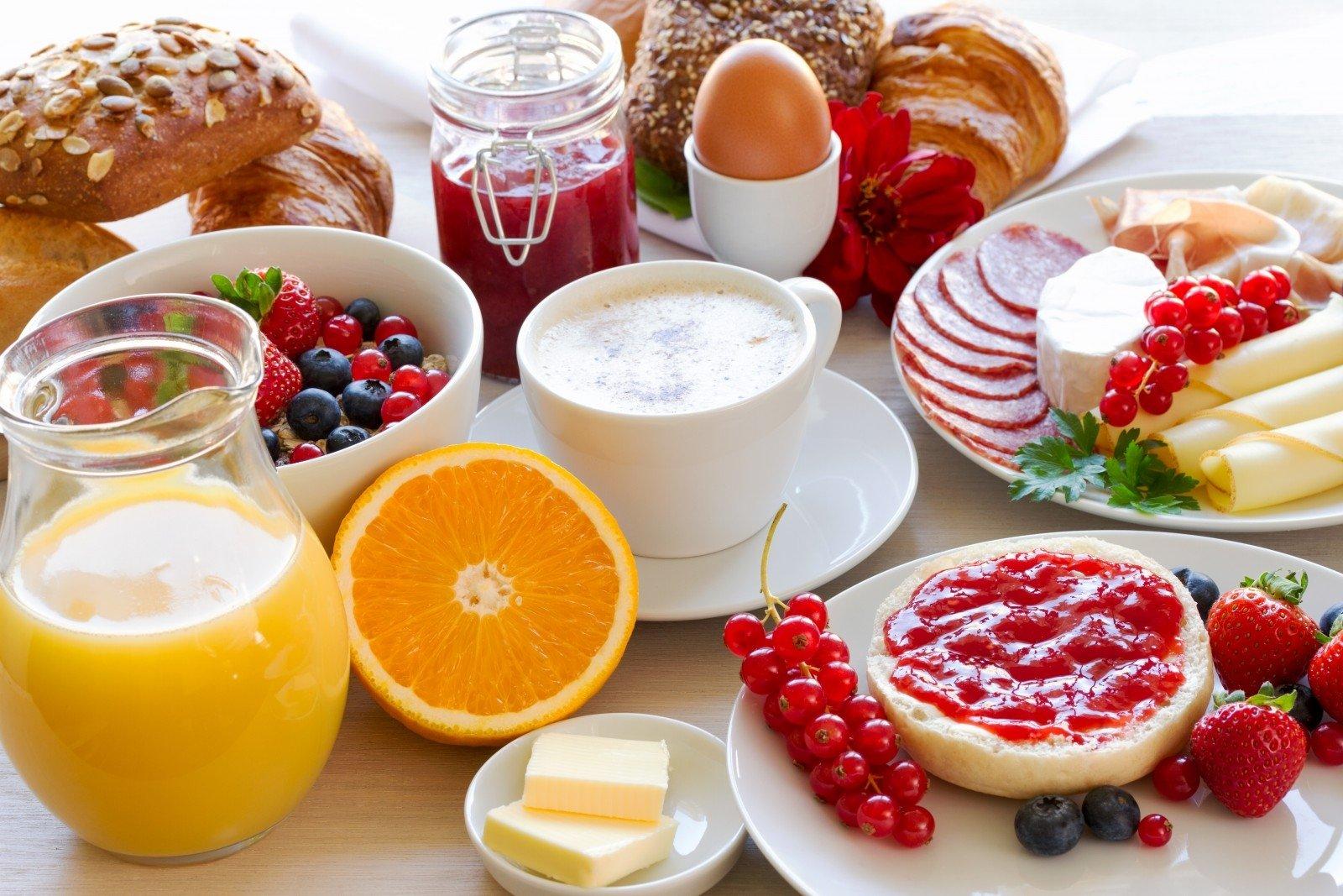 Kodėl svarbu pusryčiauti?