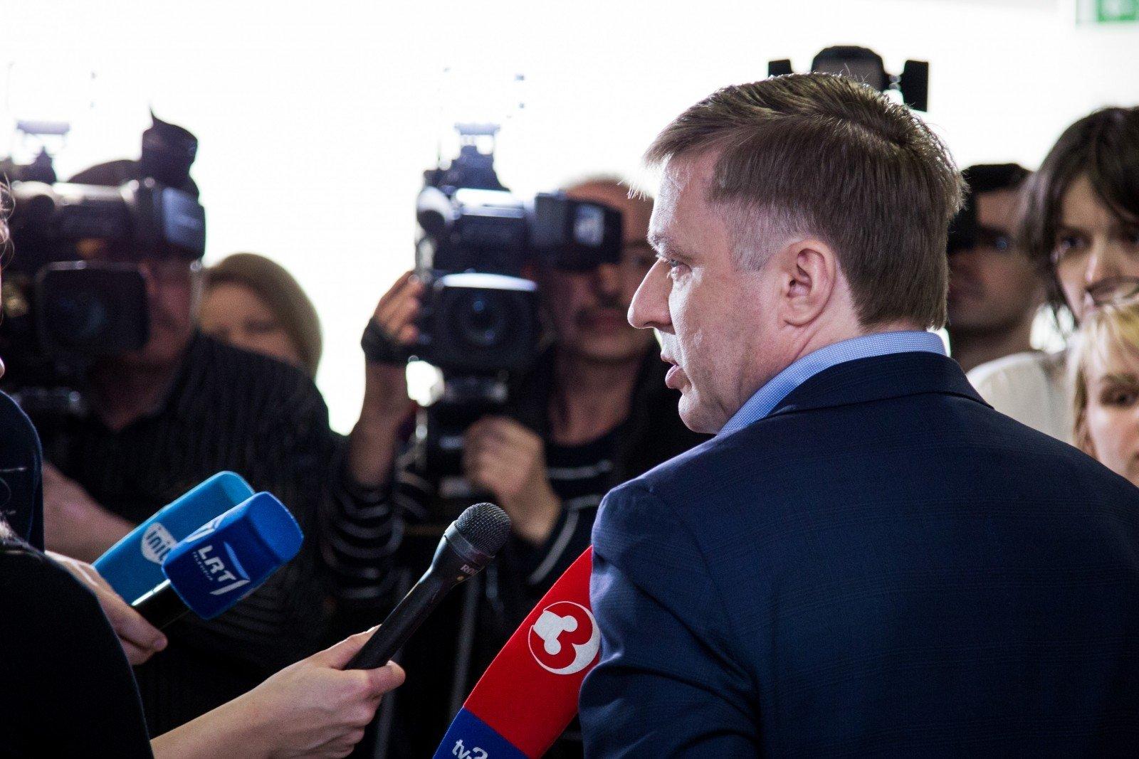 Порошенко побеседовал спремьером Литвы по сопротивлению возведения «Северного потока-2»