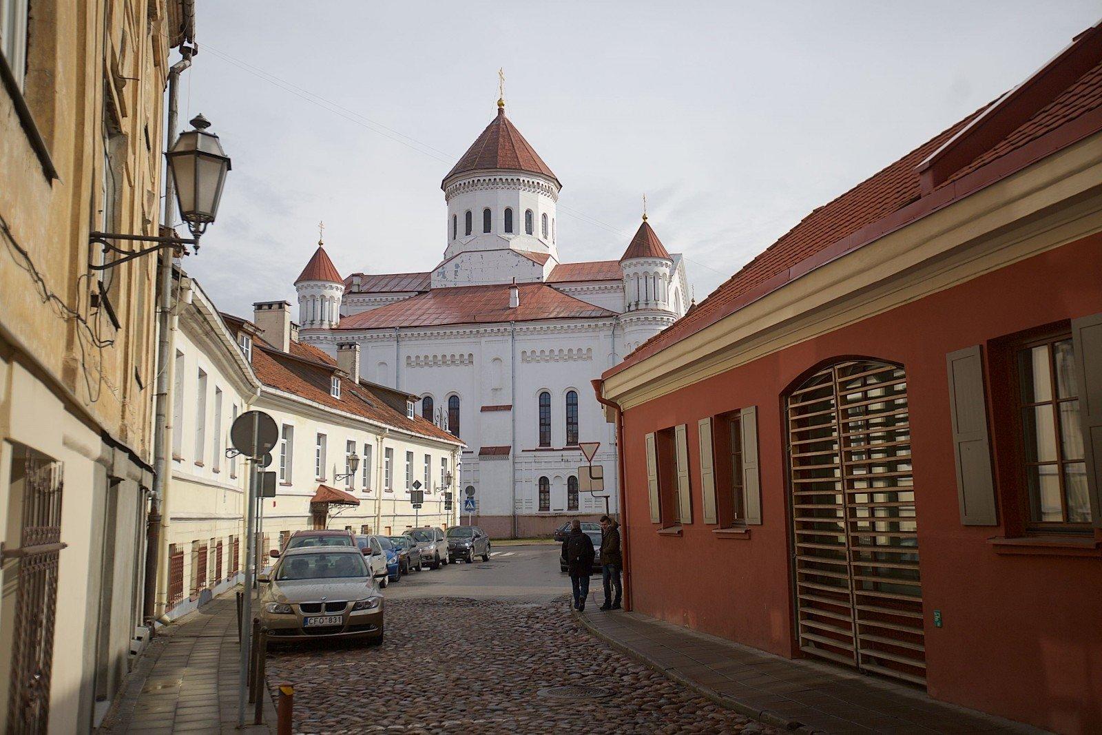 Руководитель МИДа Литвы осудил вандализм наРусской улице